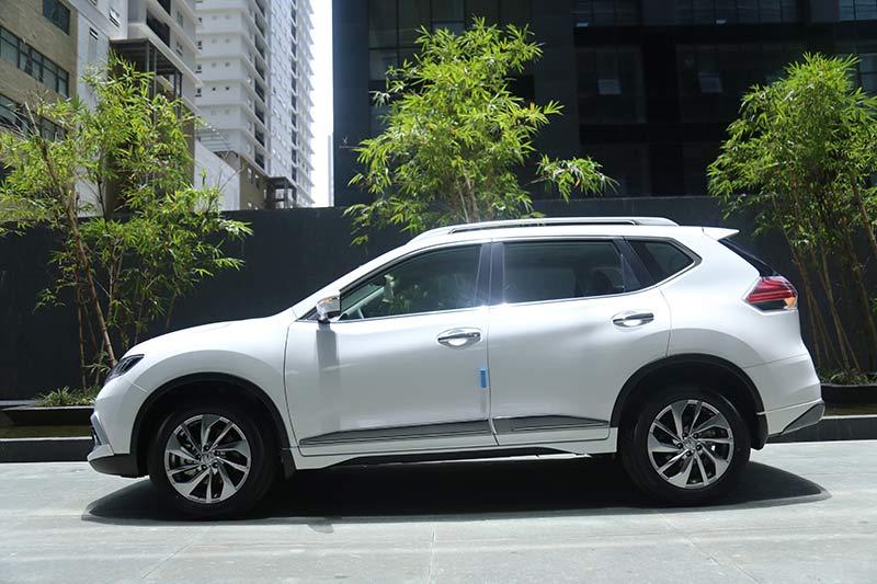 So sánh Subaru Forester và Nissan X-trail trong phân khúc CUV